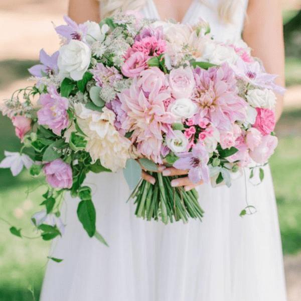 Оригинальный и стильный букет невесты с доставкой