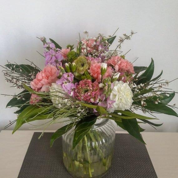 Доставка стильного букета цветов в Тель-Авив