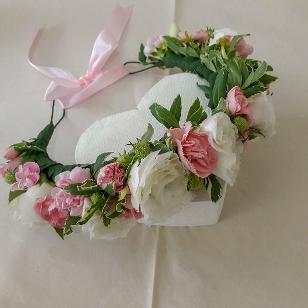 זר פרחים לראש ברחובות, בראשון לציון, בבנס ציונה